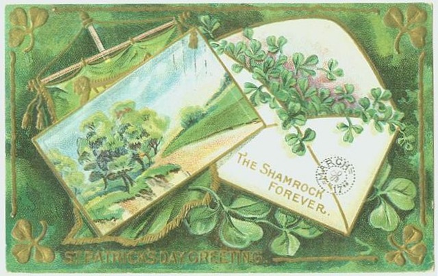 St. Patrick's Day Free Vintage Clip Art: Shamrocks Greeting Cards